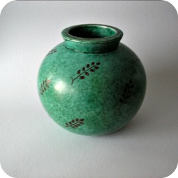 Wilhelm Kage, Gustavsberg, vase Argenta ...............1 250 SEK