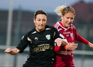 Anna Ahlstrand spelar idag vänsterbsack då Beata Kollmats är skadad och Julia Wahlberg är sjuk.