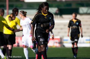 Anita Asante irriterad efter förra säsongens förlust mot Malmlö i Malmö. Förhoppningsvis har hon samma ansiktsuttryck även efter dagens match.