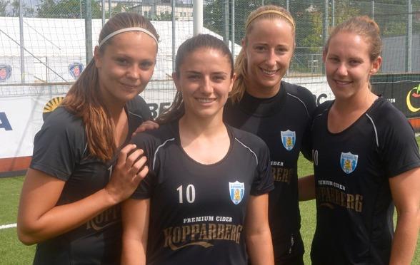 Lieke Martens, Danielle van de Donk, Loes Geurts och Manon Melis sätter holländsk prägel på Göteborg.