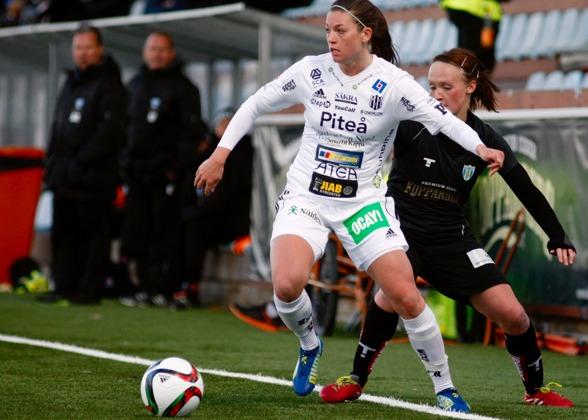 Pauline Hammarlund blev klar för KGFC under fredagen. Vi hälsar en av damallsvenskans vassaste målskyttar välkommen till Göteborg. Foto.PER MONTINI