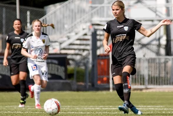 Andrine Hegerberg l'mnar Kopparbergs/Göteborg FC och har skrivit på ett kontrakt med Birmingham City Ladies i den engelska ligan. Foto: PER MONTINI