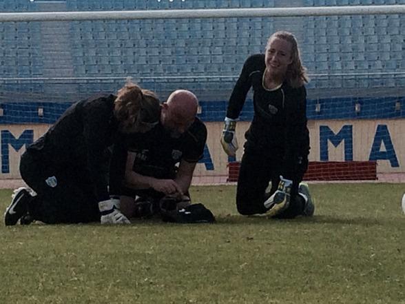 """KGFC har två av allsvenskans bästa målvakter, kanske de två bästa till och med. För målvaktstränaren Anders Nord är det """"fantastiskt inspirerande att komma på varje träning"""" med Falk och Geurts."""