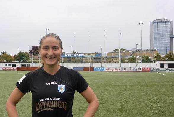 Första målet i KGFC:s a-lag! Grattis Irvina Barjamovic, ny för året i klubben från IK Rössö i Bokuslän. Foto. TORE LUND