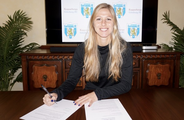Sarah Teegarden, mittfältare från USA, har skrivit på för KGFC.