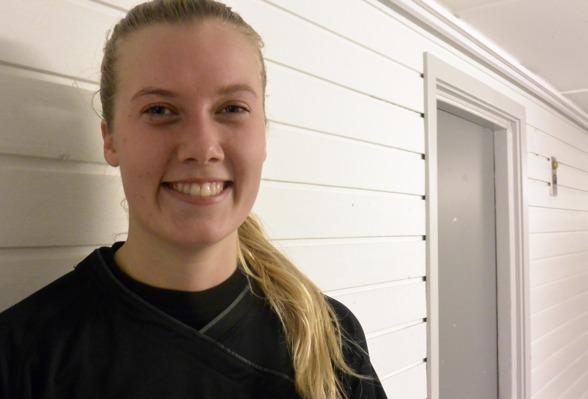 Ebba Handfast växer in allt mer i rollen som en spelare på högsta nivå. Foto: TORE LUND