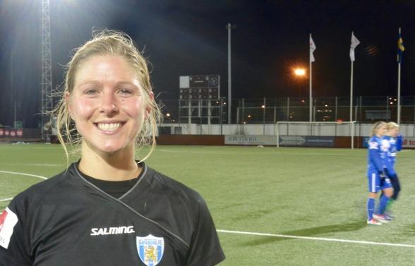 Första matchen i KGFC-tröjan med nummer 6 för Sarah Teegarden. Och det blev en mycket lovande debut! Foto: TORE LUND