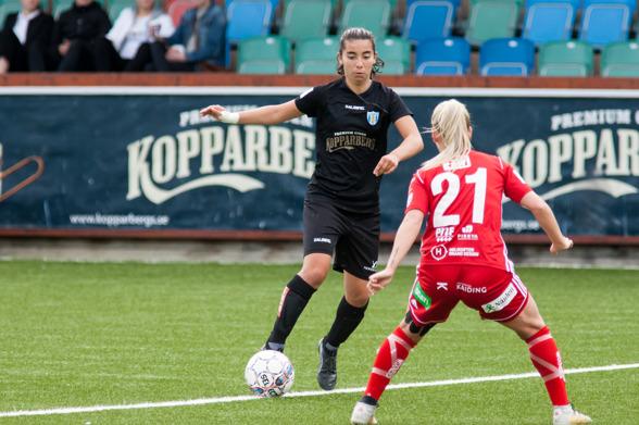 Annahita Zamanian gjorde ett piggt inhopp mot Djurgården. Men KGFC föll dessvärre ändå. Foto: PER MONTINI