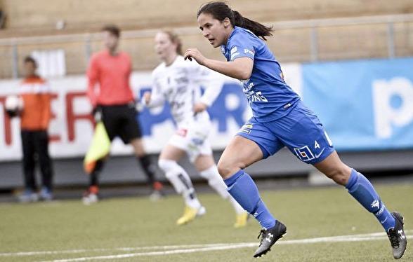 Taylor Leach kommer närmast från spel i Östersunds DFF i Elitettan.