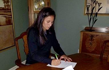 Taylor Leach signerade kontraktet med KGFC i början av den här veckan.