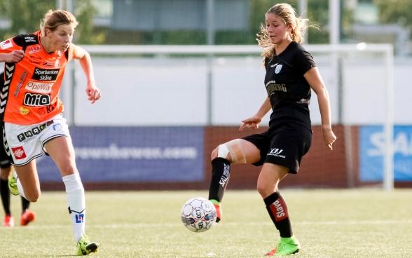 Sarah Teegarden – för amerikanskan finns bara tre poäng mot Kvarnsveden. Foto: PER MONTINI