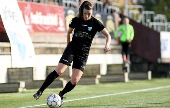 Pauline Hammarlund har gjort fyra  mål på de fem senaste matcherna mot FC Rosengård. Nu vill hon spä på den skörden. Foto: PER MONTINI