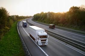 Fjärrtransporter. Inrikes och inom Europa