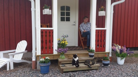 Skallinge Gårds veranda mysig plats för fika, Simlångsdalen Halmstad