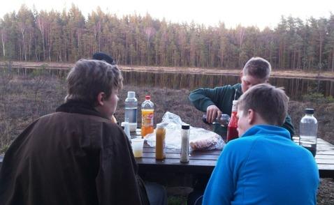 Mums... riktig myskväll vid stugan och sjön på Skallinge Gård