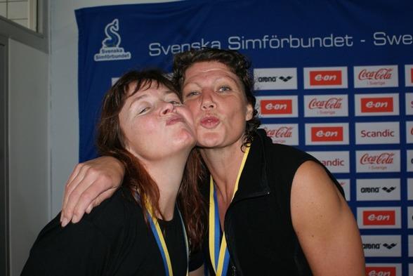 Så här glada såg Annlo och Maria ut efter loppet..................