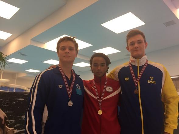 Allas vår egna Max Burman tog bronset i A-killarnas tävling på 3m. Vann gjorde Andreas Sargent Larsen.