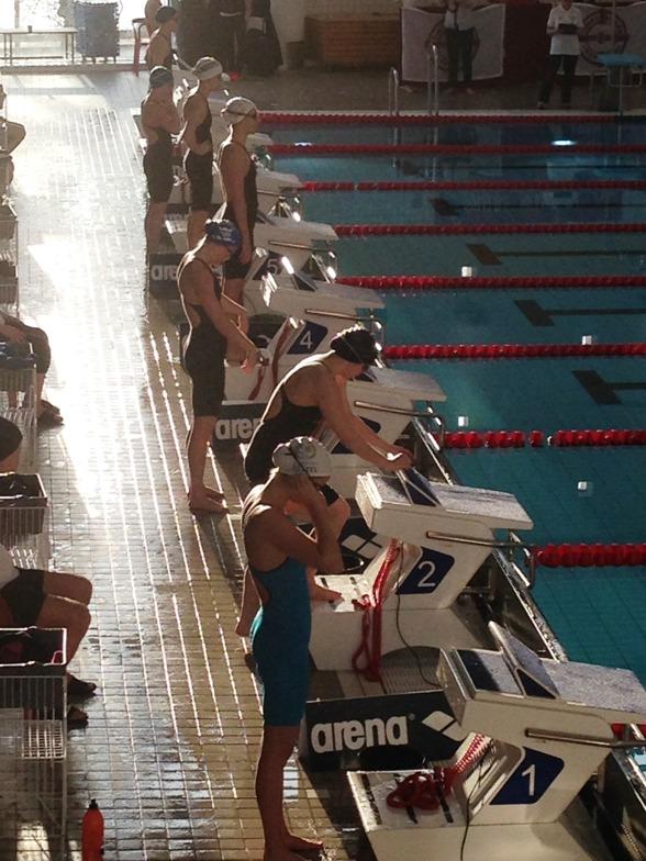 Inför start på damernas 100m fritt