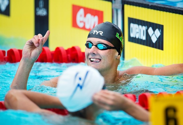 Oscar Ekström svensk mästare på 100m fritt.