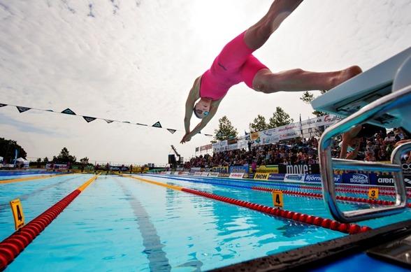 Sarah Sjöström vann 200m fritt bland juniorerna och är SM-favorit ikväll.
