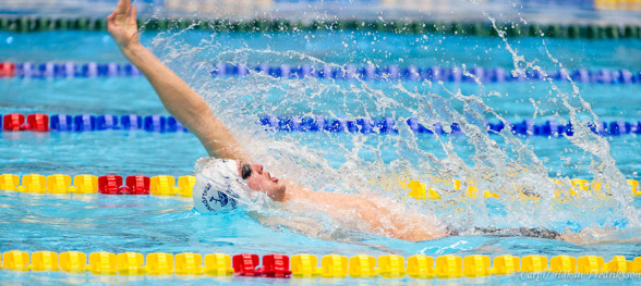 Axel Pettersson JSM-segrare på 100m ryggsim