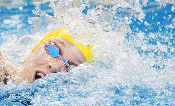 Sjsötröm simmade frisimssträckan i medley under försökstävlingarna