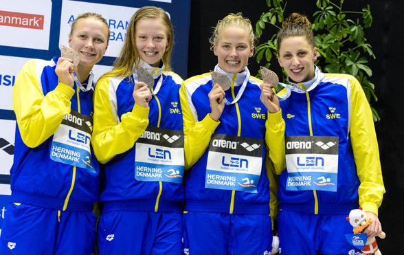 Svenska bronslaget på 4x50m medley