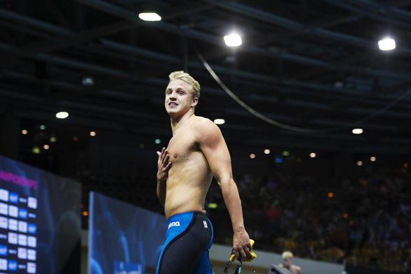 Svenskt rekord av Mattias Carlsson på 100m ryggsim