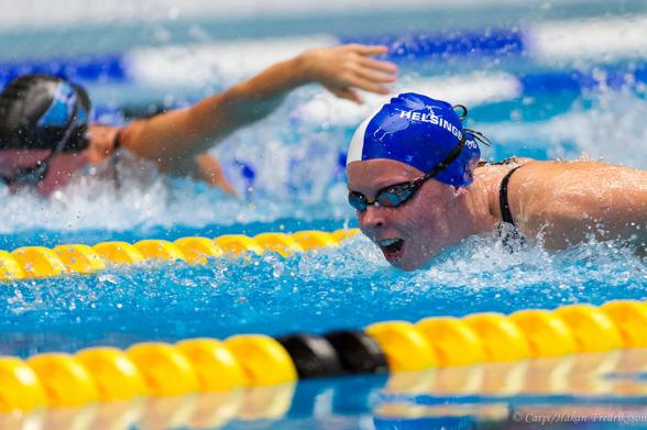 Segrarinnan på 200m medley - Louise Hansson Helsingborg