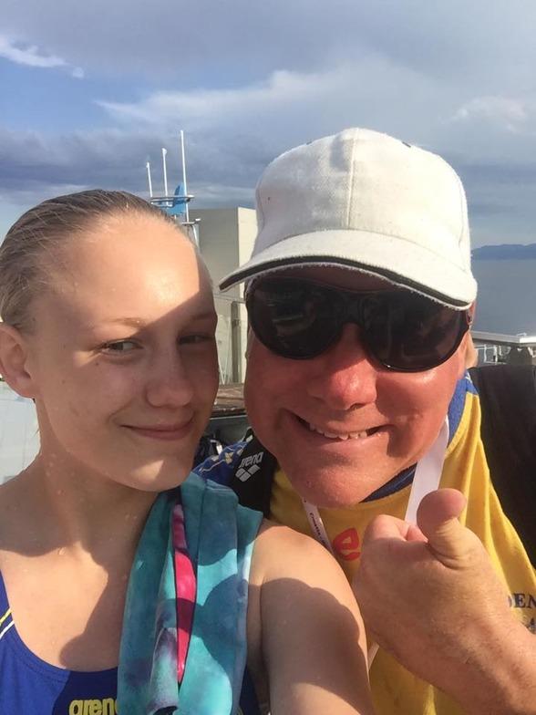 Emma Görebrant Gullstrand med coach Joakim Nyström i samband med EJM-tävlingarna i Rijeka.
