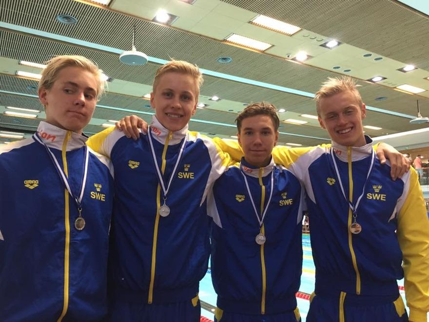 Sista grenen på NUM avslutades med ett silver på 4x200 frisim killar: Sverige 2.a 7.47.04 Marcus Holmquist 1.57.04 Melker Olsson 1.57.22 Robin Hanson 1.56.09 Emil Hassling 1.56.69