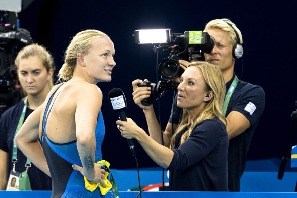 Sarah Sjöström med svenskt TV:s Frida Nordstrand