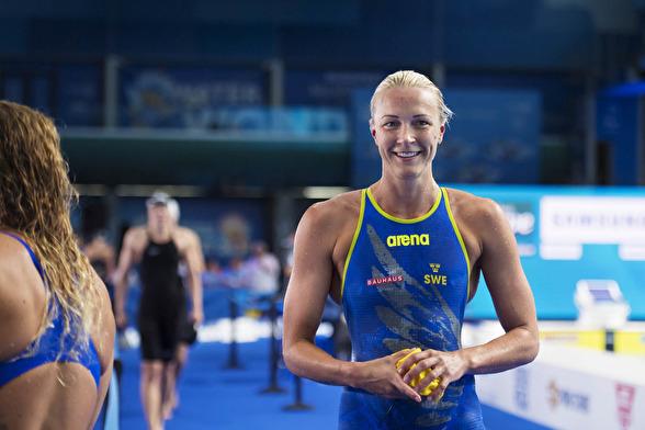 Sarah Sjöström såg så här glad ut efter semifinalen på 100m fjärilsim