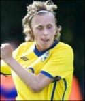 Philip Olofsson övertygade på mitten och blev även målskytt.