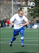 IFK 3:s spelande tränare Fredrik Lundqvist gjorde två mål när hans gossar vann med 5-1 över Ljunga.