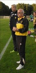 Far & Son Norrman (Roger & Emil) coachade sin första match för div 4-laget - och det framgångs-rikt.