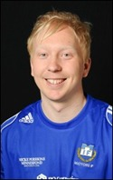 En glad Johan Berg-ström sköt segern till Matfors och man har nu ännu chansen till div. IV-spel nästa år.