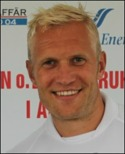 Pekka Lagerholm skadade knät i sin Ångedebut.