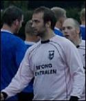 Mikael Kotermajer fort-sätter träna IFK Sunds-vall.