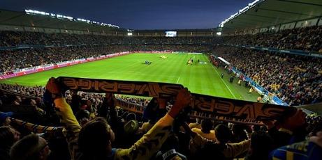 Malmö FF hade 19 383 åskådare hemma på Swedbank Stadion i sin allsvenska premiärmatch mot Falkenbergs FF men det är AIK som har högst publiksnitt i Allsvenskan så här långt i år.
