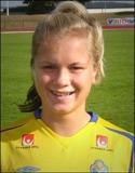Dalkullan Julia Bhy gör comeback på fotbolls-planen - i Alnö.