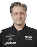 Dick Svedin tog över som tränare i SDFF efter sparkade Kenneth Svensson tillsammans med Kristoffer Vestin.