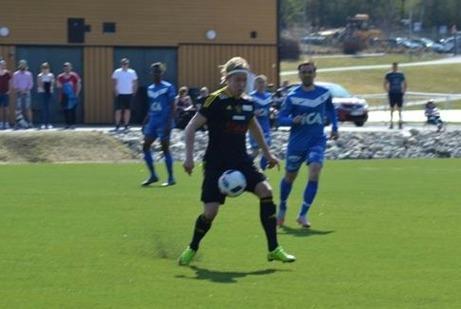 Sandvik vann lite överraskande borta mot Sollefteå. 4-2 blev det till gästerna på Nipvallen. Foto: CSportsbloggen