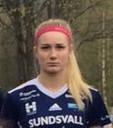 Wilma Bondén klev ner i andralaget och gjorde fem av Selånger 2:s mål i 12-1-segern.