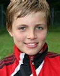 Måns Lind gjorde två drömmål när Alnö vann derbyt mot Sund.