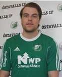 Niclas Möllhagen nickade in två av Östavalls mål i 3-0-segern mot Sidsjö-Böle.