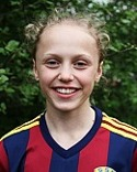 Olivia Wänglund satte båda Selångers mål i nervmatchen i Valbo.
