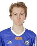 Bara 14 år och redan målskytt i sernior-fotbollen. Oliver Andersson satte Matfors 2: 3-1-mål.