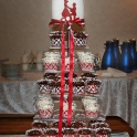 Bröllopscupcakes röd vit silver