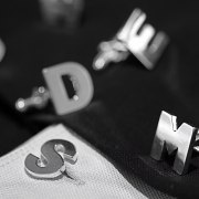 Manschettknappar initialer